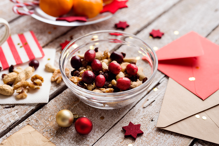 Yeast-Free Sugar & Spice Holiday Nuts Recipe